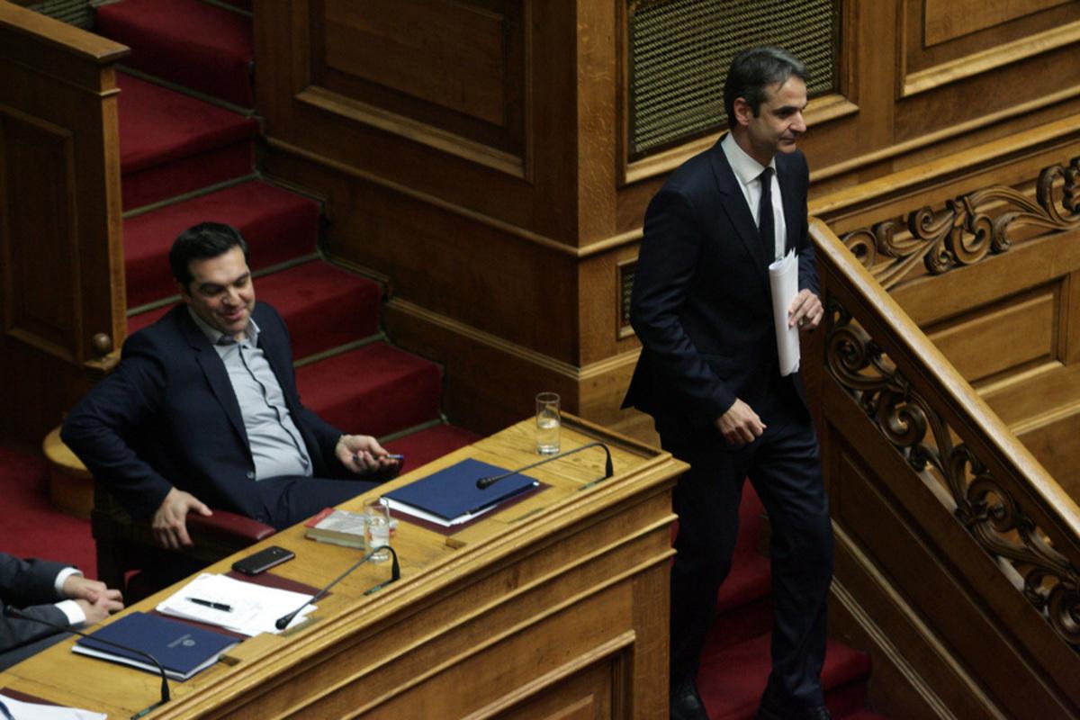 """Νέα δημοσκόπηση δίνει διπλάσιο ποσοστό στη ΝΔ έναντι του ΣΥΡΙΖΑ – """"Μάχες"""" για την είσοδο στη Βουλή"""