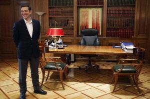 "Spiegel: Το σχέδιο του Αλέξη Τσίπρα και η ""τελευταία θυσία"""