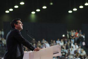 Συνέδριο ΣΥΡΙΖΑ: Η στιγμή που ο Τσίπρας εκνευρισμένος ζητά επανάληψη της ψηφοφορίας! [vid]