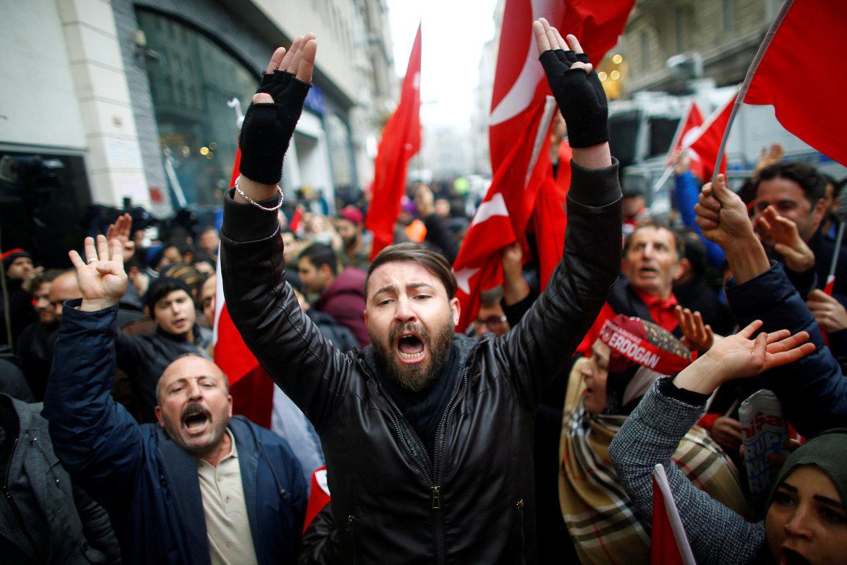 ΕΕ σε Τουρκία: Μην μας αποκαλείτε Ναζί! – Τουρκία: Η Ευρώπη είναι ένας πολύ άρρωστος άνθρωπος