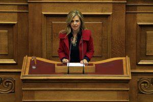 """Τζούφη για τροχαίο στην Αθηνών – Λαμίας: Ο ΑΝΤ1 """"έκοψε"""" τη δήλωση μου"""