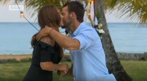 Survivor: Το φιλί του Αγγελόπουλου στην Βαλαβάνη που τούς ένωσε για τα καλά! [vid]