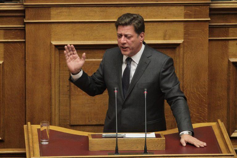 """Βαρβιτσιώτης: Δεν δεχόμαστε μαθήματα πατριωτισμού από τον """"φαντομά"""" Πρωθυπουργό"""