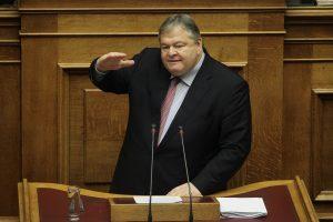 """Προϋπολογισμός – Βενιζέλος: """"Ο κ. Τσίπρας γλείφει εκεί που έφτυνε"""""""