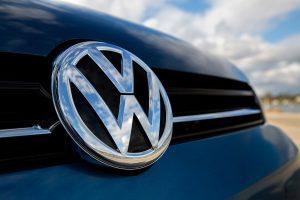Το ενδεχόμενο προσφυγής κατά της VW για το σκάνδαλο παραποίησης των εκπομπών ρύπων εξετάζουν γερμανικά κρατίδια