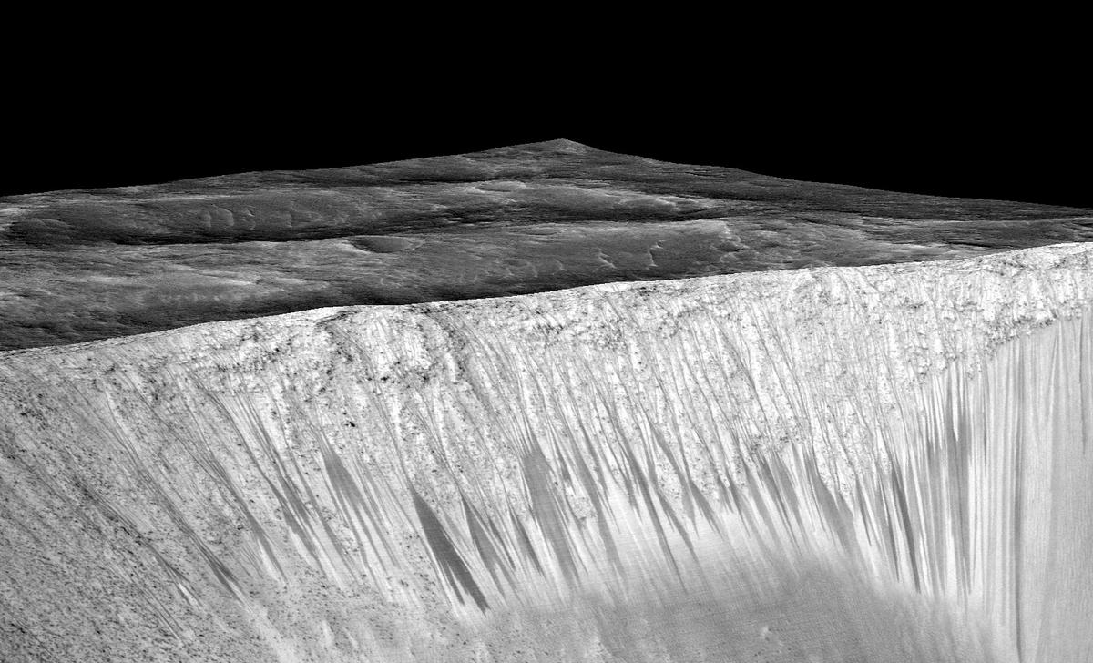 NASA: Βρήκαμε τρεχούμενο νερό στον Άρη! Οι ιστορικές φωτογραφίες!