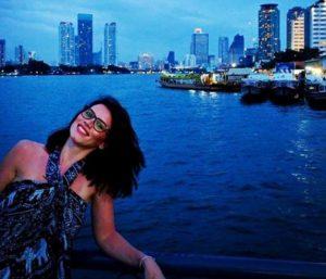 Λονδίνο: Αυτή είναι η γυναίκα που έπεσε στον Τάμεση [vids]
