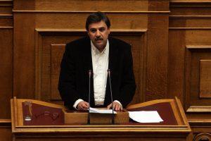 Τι απαντάει ο Ανδρέας Ξανθός στο δημοσίευμα του Guardian που εκθέτει την Υγεία στην Ελλάδα