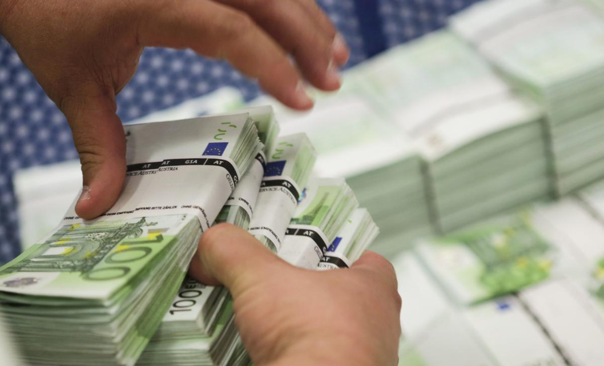Βόμβα από Διεθνές Ινστιτούτο για το ελληνικό χρέος