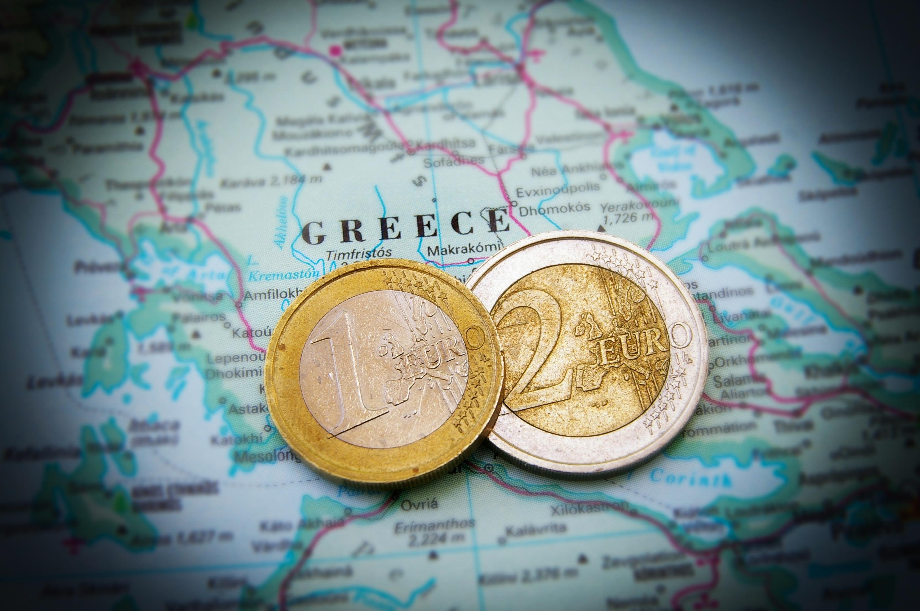 """Δεν ξεχρεώνουν… ούτε τα δισέγγονα μας – """"Μαύρες"""" προβλέψεις για το ελληνικό χρέος"""