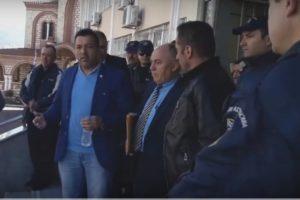 Ξάνθη: Ελεύθερος ο ιμάμης για τα όπλα – Αποθεώθηκε στα δικαστήρια από μουσουλμάνους [pics, vids]