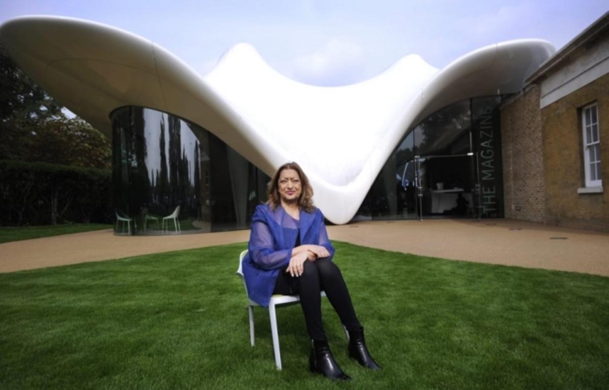 Ζάχα Χαντίντ: Η γυναίκα που έδωσε καμπύλες στα κτίρια