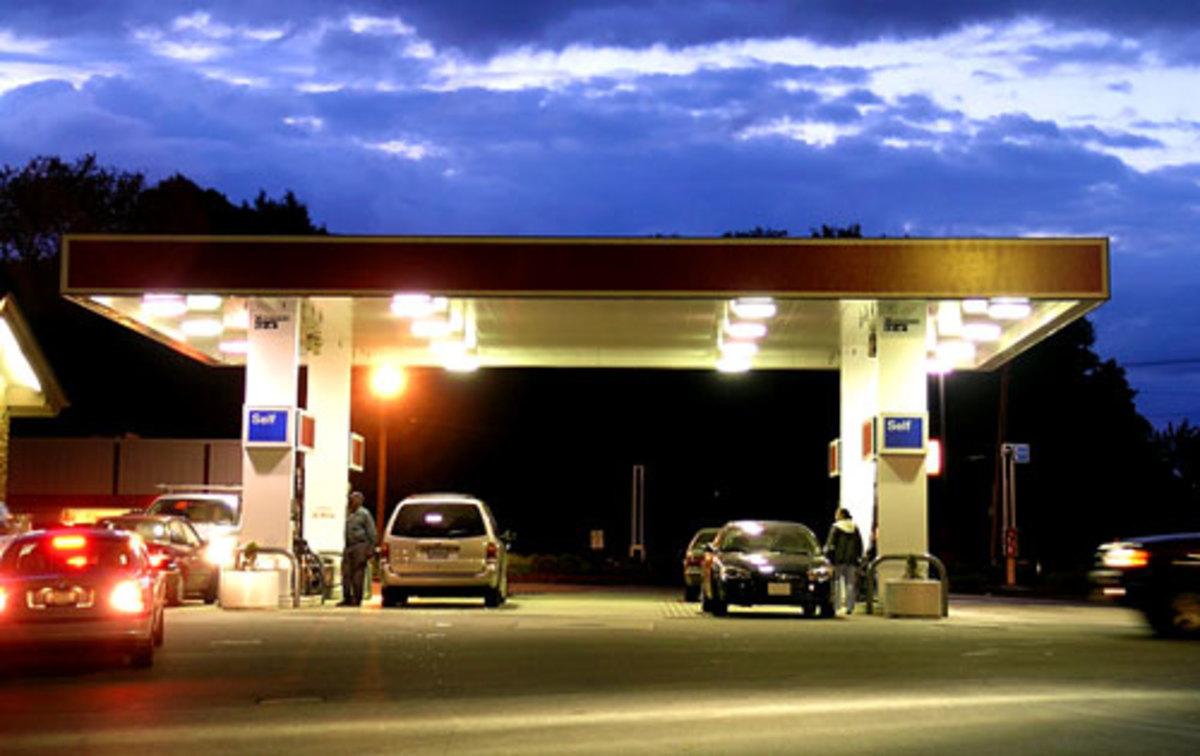 Ηλεία: Λουκέτο σε 17 βενζινάδικα!