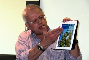 Κεφαλονιά: Περιπέτεια στη θάλασσα για τον Άκη Τσελέντη – Οι κινήσεις του σεισμολόγου!