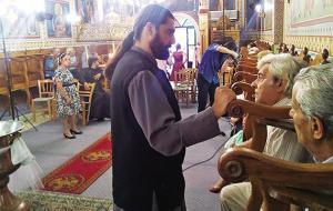 Μάνη: Κέρδισε τον καρκίνο και άλλαξε τη ζωή του – Άφησε τα παρκέ και έγινε ιερέας!