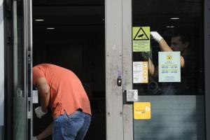 Θεσσαλονίκη: Ένοπλη ληστεία σε τράπεζα – Ο αιφνιδιασμός, το χτύπημα και η διαφυγή!