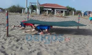 Ηλεία: Κολλημένοι με το Survivor – Οι μάχες μικρών και μεγάλων στην παραλία της Σπιάντζας!