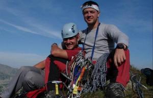 Θα διανύσουν 1.800 χιλιόμετρα με ποδήλατο και θα ανεβούν στην κορυφή του Λευκού Όρους!