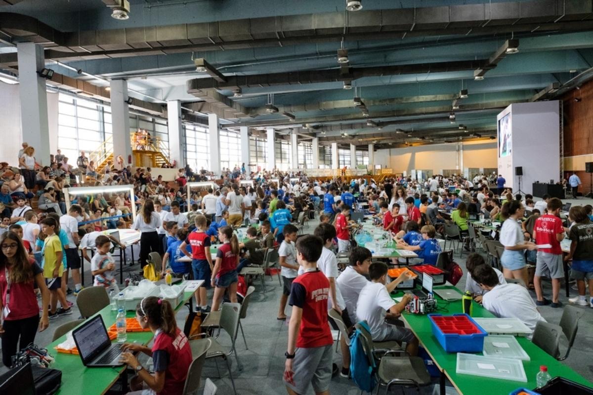 Με 11 ομάδες στην Ολυμπιάδα Εκπαιδευτικής Ρομποτικής η Ελλάδα! H COSMOTE στο πλευρό των μαθητών