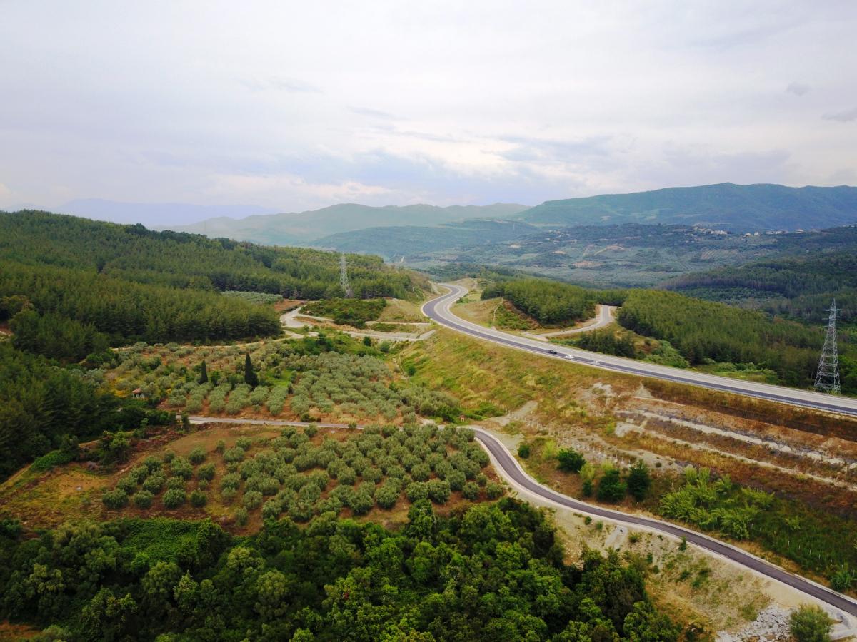 Ιόνια Οδός: Αντίρριο Γιάννενα σε μόλις 100 λεπτά – Οδήγηση στο νέο δρόμο που δόθηκε στην κυκλοφορία – Ατάκα για τη γραβάτα του Τσίπρα [pics, vids]
