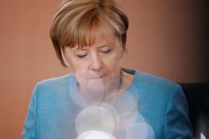 """Απειλές πολέμου από Πιονγκγιάνγκ και Τραμπ – Το Βερολίνο σε ρόλο """"πυροσβέστη"""""""