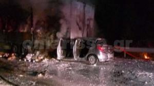 Σοκ! Κάηκε ζωντανός μέσα στο αυτοκίνητό του – Εικόνες φρίκης [vid]