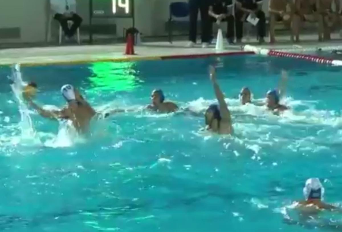 """Εθνική Νέων πόλο: Έκλεισε το """"σπίτι"""" της Σερβίας και πήγε τελικό!"""