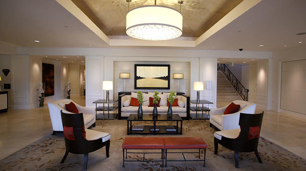 Φοροδιαφυγή… πολλών αστέρων! Πανάκριβα ξενοδοχεία εξαφάνισαν εκατομμύρια ευρώ