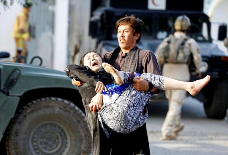 Αφγανιστάν: 123 οι νεκροί από την επίθεση στην Καμπούλ – Το ISIS ανέλαβε την ευθύνη [pics]