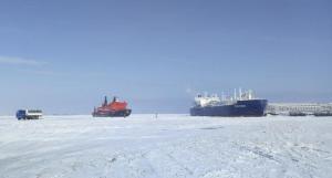 Πρώτη φορά ασυνόδευτο δεξαμενόπλοιο στην Αρκτική!