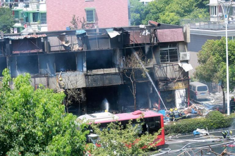 Σαγκάη: Κατέρρευσε κτίριο – Πέντε νεκροί