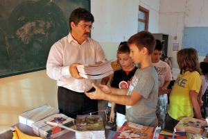Υπουργείο Παιδείας: Μέχρι 31/8 οι αιτήσεις προτίμησης για τους αναπληρωτές