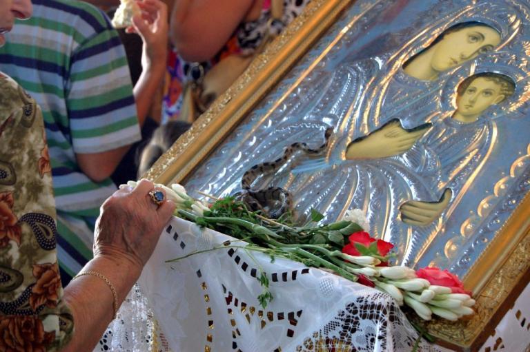 Δεκαπενταύγουστος: Τι γιορτάζουμε ανήμερα της Παναγίας