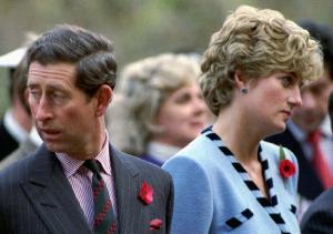 """Νταϊάνα: Αγόραζε εσώρουχα για να """"κρατήσει"""" τον Κάρολο – Το ξεκατίνιασμα με την Καμίλα"""