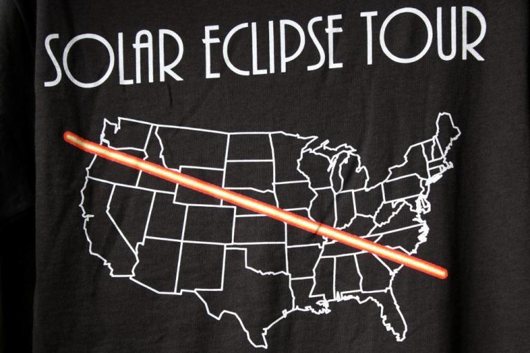 Ολική έκλειψη Ηλίου: Υστερία και κερδοσκοπία στις ΗΠΑ [pics]