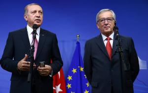 Γιούνκερ: Η Τουρκία πρέπει να σεβαστεί τα ανθρώπινα δικαιώματα αν θέλει να μπει στην Ε.Ε
