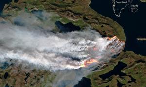 Φωτιά μέχρι και… στον Βόρειο Πόλο – Στις φλόγες δύο περιοχές της Γροιλανδίας [pic]