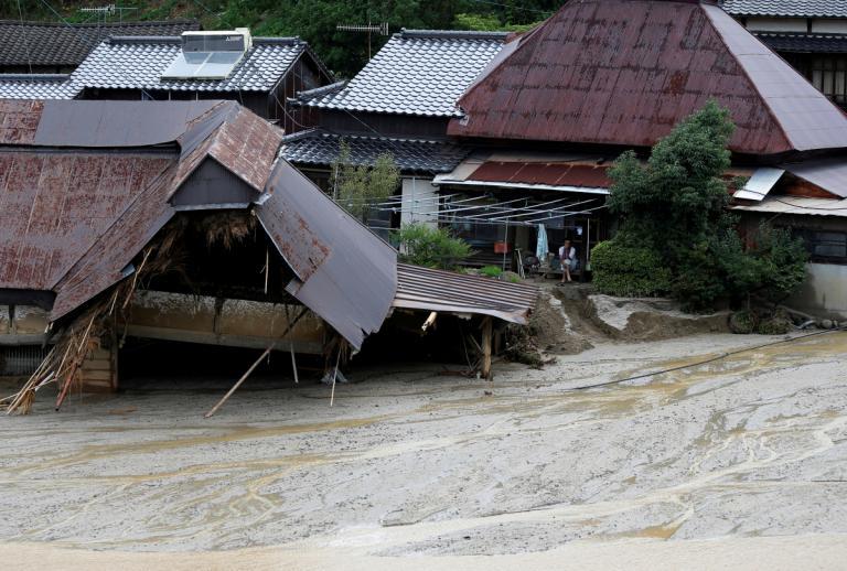 Ιαπωνία: 27 οι νεκροί από τις καταρρακτώδεις βροχές [pics]