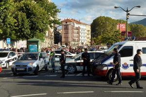 """Βαρκελώνη: Το αυτοκίνητο που σκότωσε μια γυναίκα είχε """"συλληφθεί"""" στο Παρίσι να τρέχει μανιωδώς"""