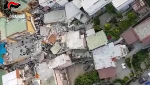 """Σεισμός στην Ιταλία: """"Πολλά σπίτια φτιάχτηκαν με σκάρτα υλικά, γι αυτό έπεσαν"""" λένε οι αρχές"""