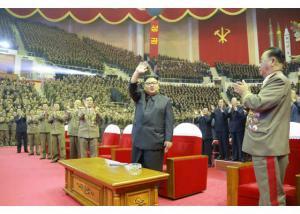 Βόρεια Κορέα: Χοροί και… πανηγύρια για την εκτόξευση του διηπειρωτικού πυραύλου [pics, vids]