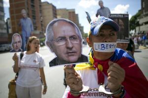 Βενεζουέλα: Κραυγή αγωνίας από την σύζυγο του δημάρχου που συνελήφθη! [pics]