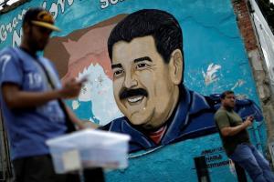 """Βενεζουέλα: Εξοστρακισμένος αλλά """"δυνατός"""" διεθνώς ο Μαδούρο!"""