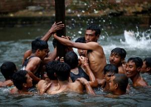 Τουλάχιστον 94 νεκροί σε Νεπάλ και Ινδία από τους φονικούς μουσώνες