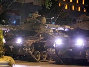 Θα έριχναν με πύραυλο το αεροσκάφος του Ερντογάν! Αποκαλύψεις για το πραξικόπημα στην Τουρκία