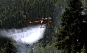Φωτιά στην Κερατέα, κοντά σε οικισμό