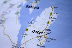 Νίπτει τας χείρας του ο ΟΗΕ για το Κατάρ – Στη Γαλλία ο αλ Θάνι