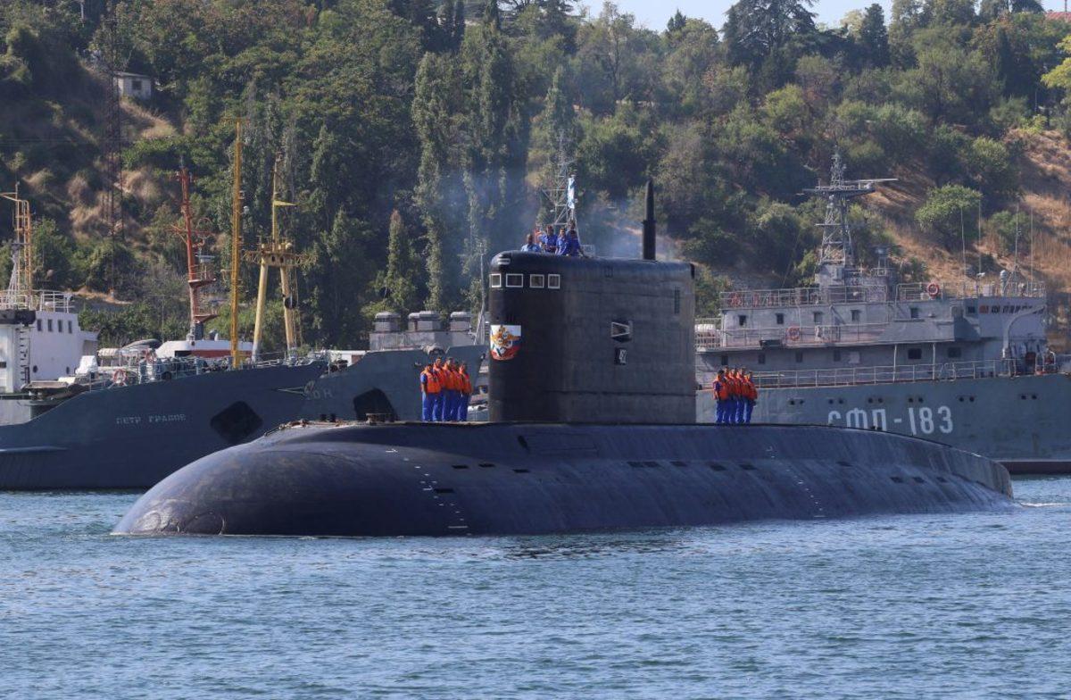 Έφθασαν στην Μεσόγειο τα υποβρύχια του Πούτιν
