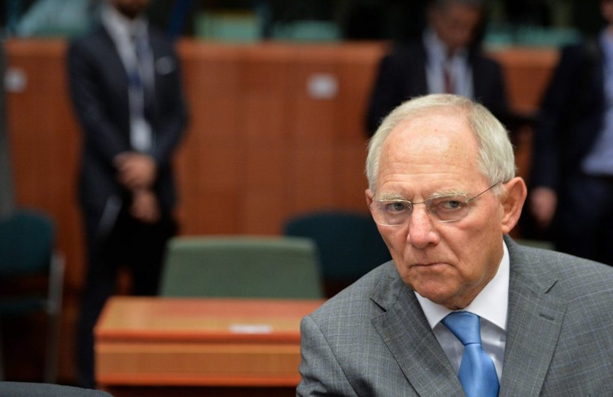 """Νέος """"πάγος"""" Σόιμπλε: Η Ελλάδα δεν χρειάζεται μείωση χρέους"""