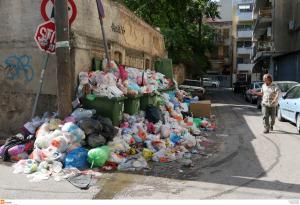 Καιρός – καύσωνας: Συναγερμός για την δημόσια υγεία! Κίνδυνος για μολυσματικές ασθένεις από τα σκουπίδια